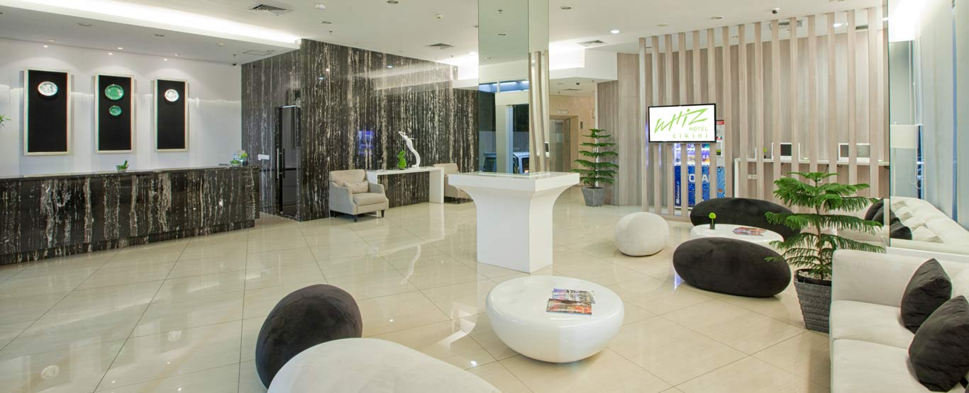 Whiz Hotel Cikini Jakarta By Intiwhiz International